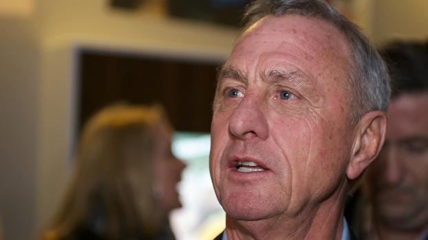 Johan Cruyff criticou o brasileiro, que se transferiu nesta temporada ao Barça