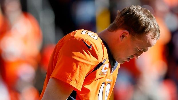 Adolescente usa camisa dos Broncos em Seattle e é demitido  64fbd28e1ab2c