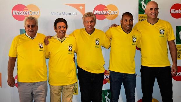 Zito, Amarildo, Clodoaldo, Mauro Silva e Marcos participaram do evento