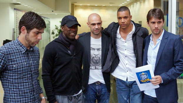 Juninho, Seedorf, Cris, Dida e Paulo André após reunião com alta cúpula da CBF