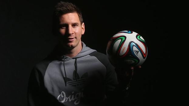 Lionel Messi fica entre os três melhores do mundo há sete anos