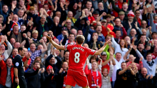 Gerrard, mais uma vez, trouxe alegria ao torcedor do Liverpool