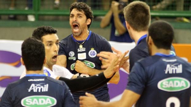Sada Cruzeiro renova com time titular e técnico - Voleibol sempre 974ea6368dc09