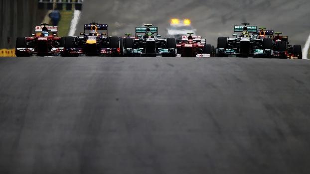 Largada do GP do Brasil em 2013: vitória de Vettel, igualando recordes históricos
