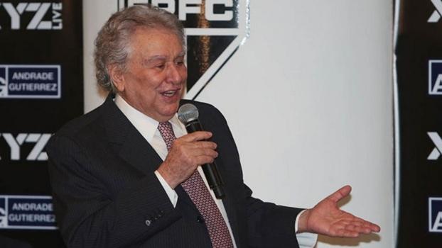 Juvenal discursa em evento no Morumbi e alfineta Corinthians