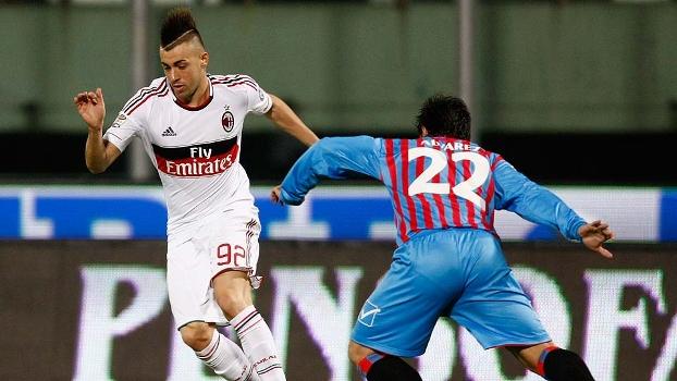El Shaarawy marcou dois gols pelo Milan contra o Catania