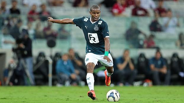 Thiago Mendes tinha acerto desde setembro e ganhará menos do que no Palmeiras, diz dirigente
