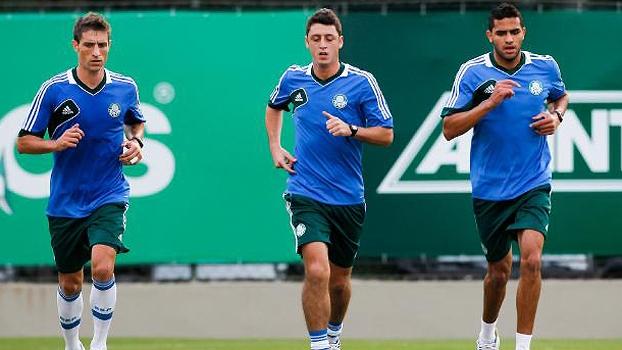 Palmeiras Treino Eguren Felipe Menezes Alan Kardec 16/07/13 Gazeta Press