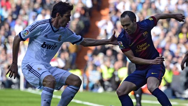 Kaká ainda não conseguiu se destacar no Superclássico