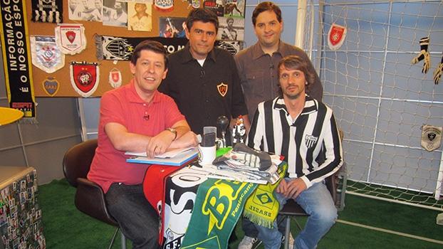 Assista ao 'Loucos por Futebol', neste sábado, às 22h