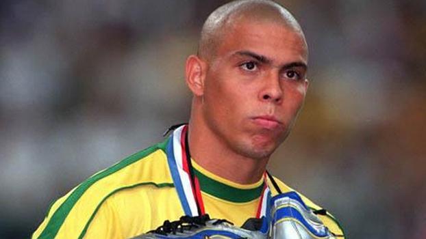 Ronaldo, após final da Copa de 1998: e-mail de teoria da conspiração levou nome de Gunther
