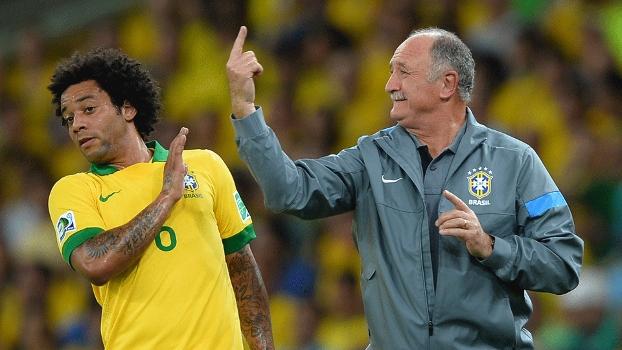 Marcelo 'se esquiva' de Felipão, enquanto treinador brasileiro passa instruções