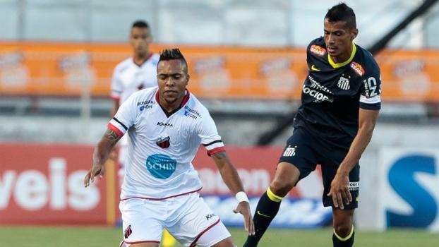 Cícero fez o gol do Santos na partida deste domingo
