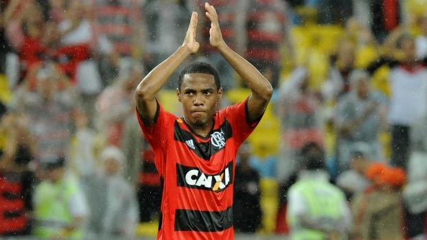 EXCLUSIVO: Flamengo não desiste e ainda sonha com Elias para 2016