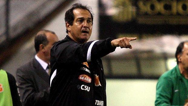 Muricy Ramalho, treinador do Santos, admite que mais jogadores podem deixar o clube