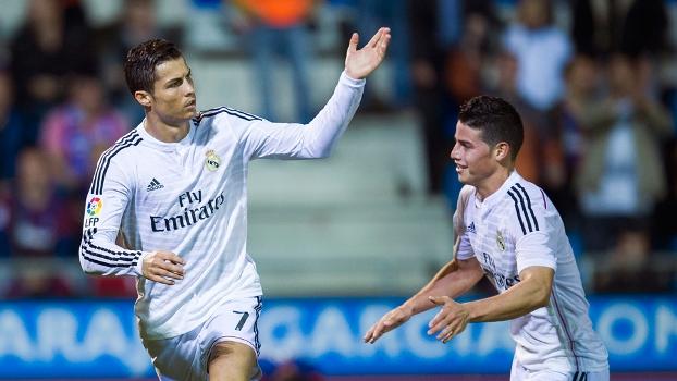 Cristiano Ronaldo comemora gol no jogo contra o Eibar