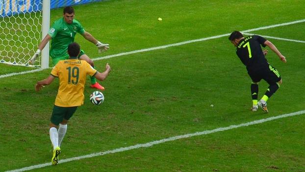 Villa abriu o placar com gol de letra
