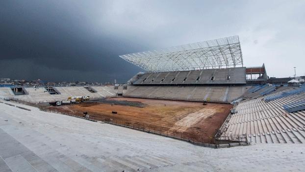 Corinthians garantiu que a Arena de Itaquera, palco da abertura da Copa-2014, será entregue em dezembro de 2013