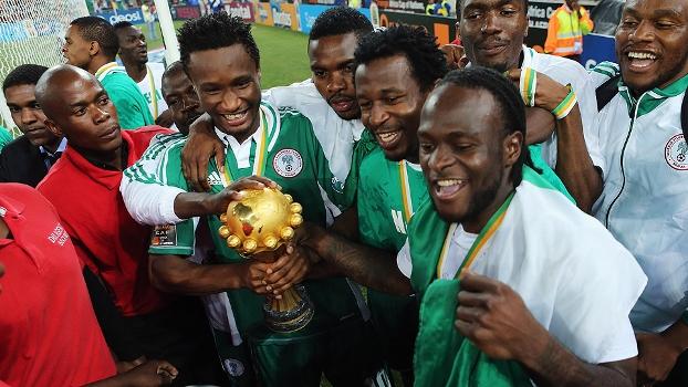 Nigerianos ficaram com a taça da Copa Africana e agora podem ganhar semana grátis de sexo
