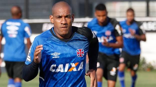 Rodrigo vem fazendo bom trabalho com colega de zaga Luan tanto no ataque quanto na defesa