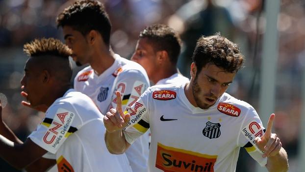 Serginho comemora após marcar seu gol diante do Corinthians na final da Copinha