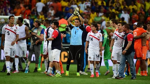 A Costa Rica chocou a todos quando venceu o Uruguai e eliminou Itália e Inglaterra na primeira fase, só parando nas quartas contra a Holanda