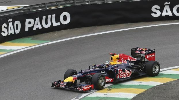 Sebastian Vettel acelera; líder está perto do tricampeonato