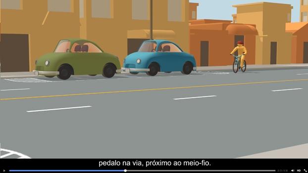 Vídeo mostra ciclista ultrapassando carros parados sem olhar nem sinalizar, além de recomendar a circulação junto ao meio-fio.