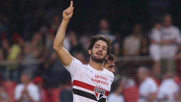 Andrés diz que Corinthians não recebeu proposta por Pato