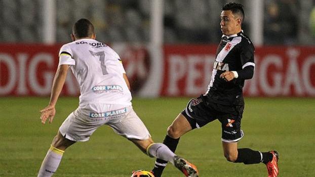 Montoya deve comandar o meio-campo do Vasco
