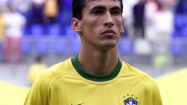 Volante Leomar, que passou pela seleção brasileira na era Emerson Leão