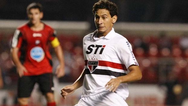 Ganso deu vitória ao São Paulo com gol de cabeça