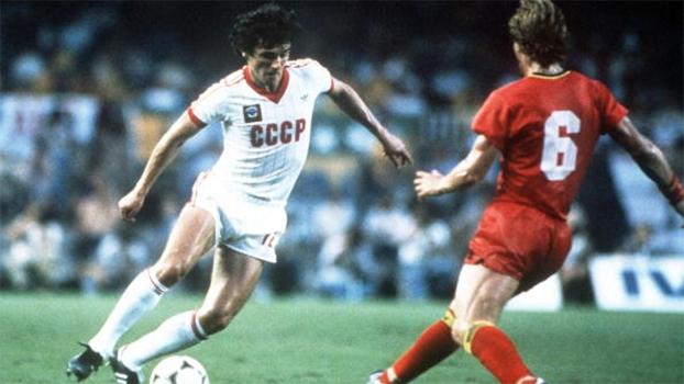 Andrei Bal, em ação com a camisa da União Soviética na Copa do Mundo de 1982