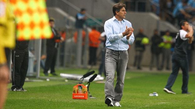 Renato Gaúcho disse que para acabar com problemas no Grêmio e chegar a 5ª vitória seguida, o técnico precisa ser 'muito bom'