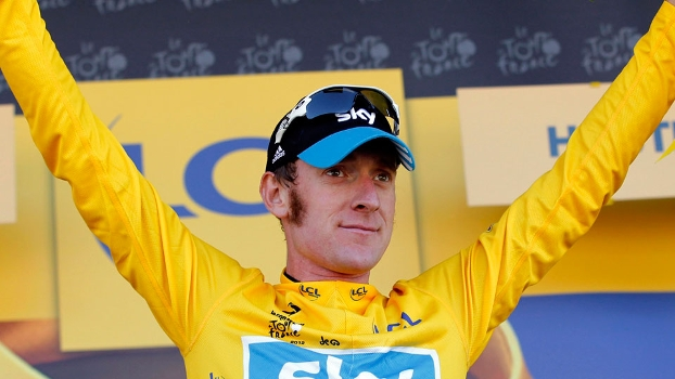 Bradley Wiggins comemora a liderança do Tour de France 2012