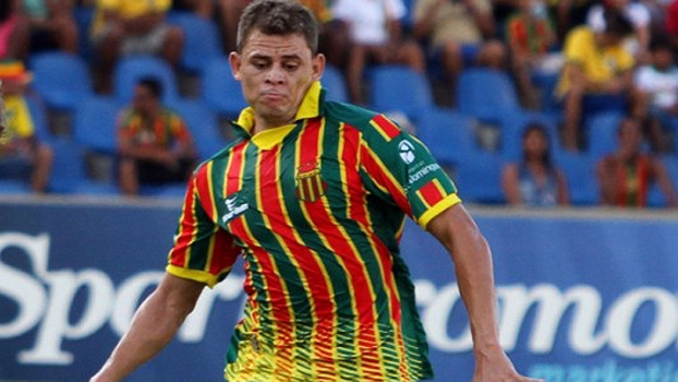 Sondado no Corinthians, Jonas acerta com Flamengo