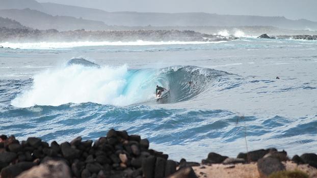 La Santa, junto com El Quemao, são as ondas mais tubulares e cascudas das Ilhas Canárias
