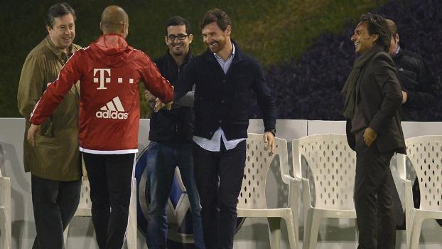 Guardiola recebeu André Villas-Boas no treino do Bayern de Munique