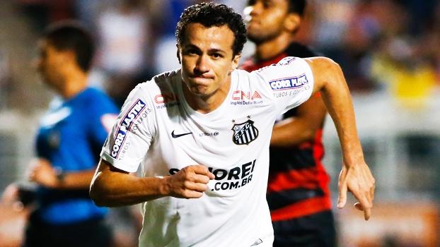 Leandro Damiao Comemora Gol Santos Vitoria Campeonato Brasileiro 06/09/2014