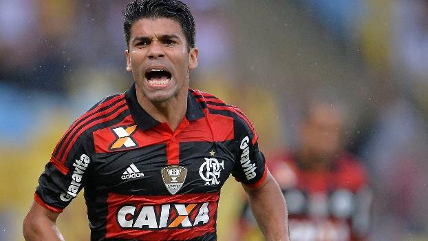 Eduardo da Silva balançou as redes para o Flamengo no clássico deste domingo