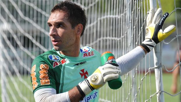 Fernando Prass assinou por três temporadas com o Palmeiras