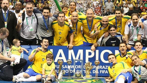 Brasil voltou a bater a Espanha em 2008, mas sofreu para ficar com taça