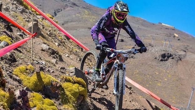 Bia Ferragi em La Parva, Chile