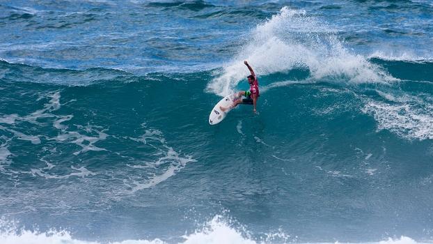 Alejo Muniz quebrou no Hawaii e ficou com a segunda colocação do Triple Crown, isso gera muito respeito no meio.