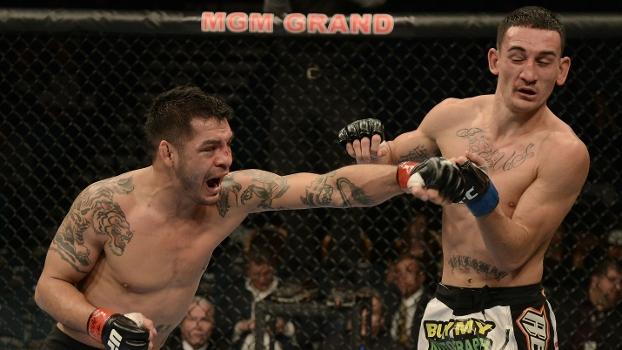 Garcia atingiu Holloway com bons golpes, mas perdeu na decisão