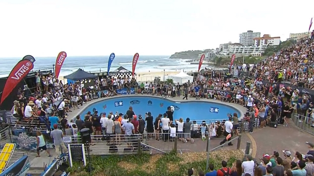 Rampa lotada na final do Bowl-A-Rama de Bondi Beach