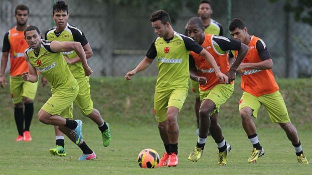 Jogadores do Vasco se reapresentaram e treinaram na tarde de hoje