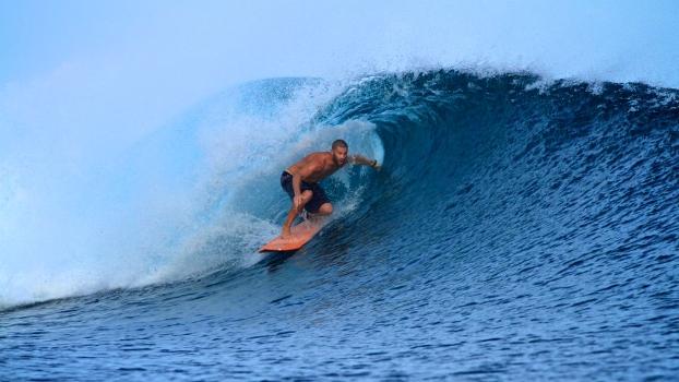 Para o surfista comum pegar um bom dia de ondas é a melhor coisa do mundo