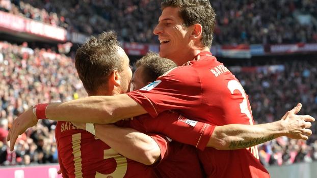 Bayern não tira o pé e goleira Nuremberg