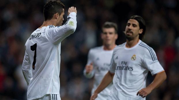 Cristiano Ronaldo 'homenageou' Blatter na comemoração
